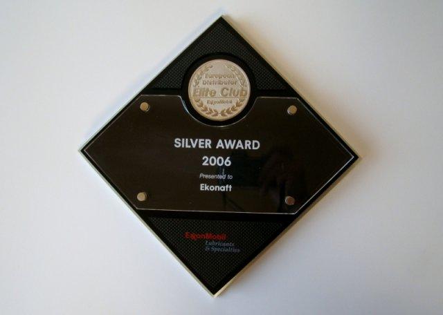 Srebrny medal w 2006 roku